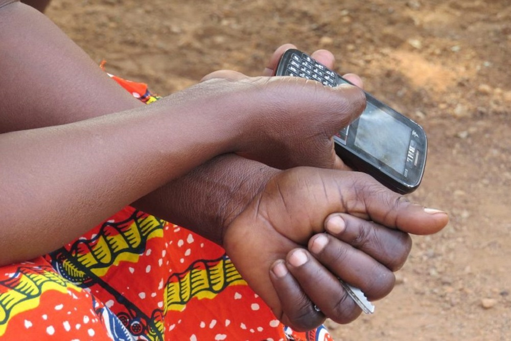 Policy Brief: Information and Communication Technologies for the Poor